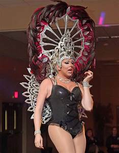 PHOTO GALLERY: Queer Straight Alliance Drag Show