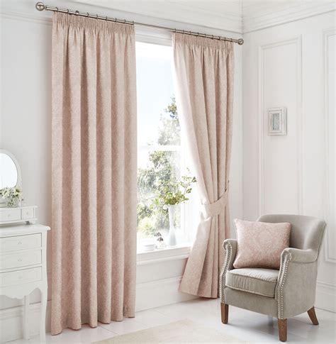woven damask lined pink white pencil pleat curtains 4
