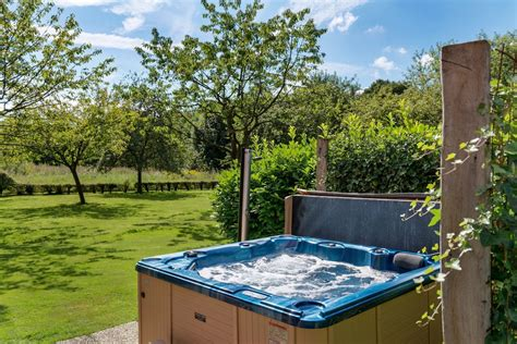 houtkachel installeren limburg luxe vakantiehuizen met binnenzwembad in nederland en