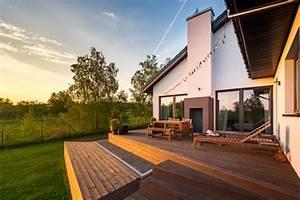 Holzterrasse Welches Holz : terrassendielen holzarten pflege und reinigung ~ A.2002-acura-tl-radio.info Haus und Dekorationen