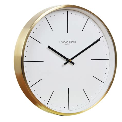 CLASSIC THEMED WALL CLOCK WITH GOLD CASE