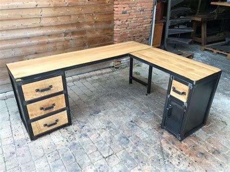 bureau type industriel tables industrielle sur mesure et sur commande en bois mètal