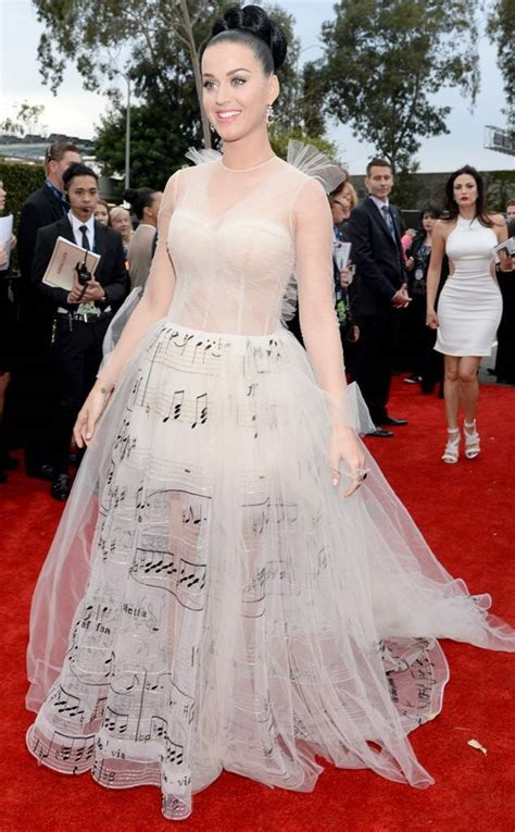 2014 Grammys Arrivals: See All the Stars on the Red Carpet ...