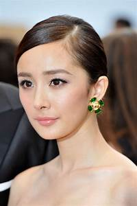 "Yang Mi Photos Photos - ""Mystery"" Premiere - 65th Annual ..."