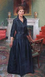 First Lady Laura Welch Bush Official Portrait Unveiled ...