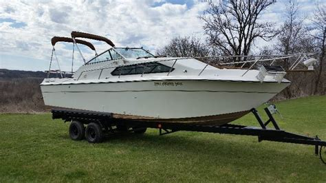Cabin Cruiser Chaparral Boats by Chaparral 27ft Cabin Cruiser No Reserve Auction