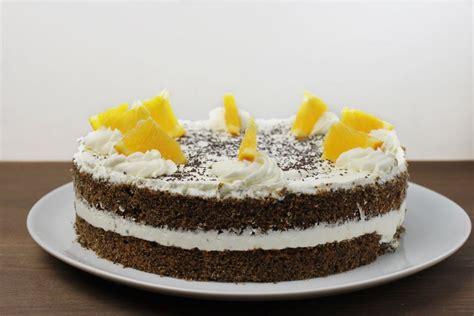 schnelle torten rezepte mit bild honig quarkcreme torte mit marillen rezepte suchen