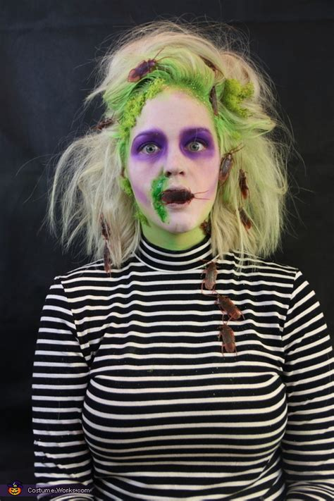 female beetlejuice costume photo