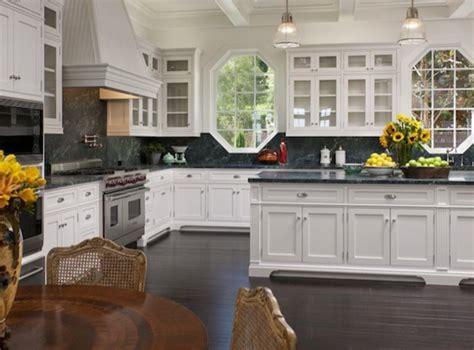 open concept kitchens  dining rooms ellenslillehjorne