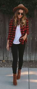 41 Cute Outfits Ideas with Leggings Suitable for Going Out on Fall - Aksahin Jewelry