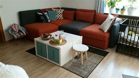 Ikea Sofa Tisch by Ikea Vallentuna Sofa Mit Kallax Tisch Unser Buntes Leben