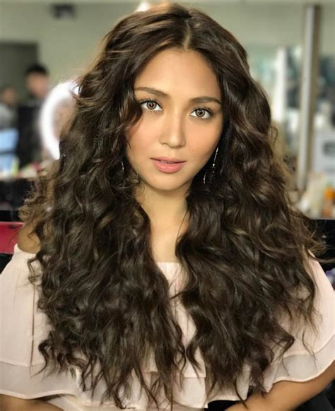 kathryn bernardo worth kathryn bernardo has the most gorgeous summer hairstyles