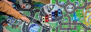 tapis de jeu circuit de voitures vroum nozarrivages With tapis de jeu circuit voiture