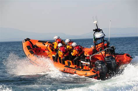 Rnli bundoran rnli rescue  swimmers  rip current 4288 x 2848 · jpeg