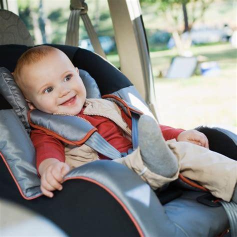 conseil siege auto siège auto pour enfants 7 conseils de sécurité famili fr