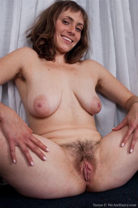 Fucking Moms Hairy Pussy