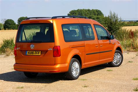 volkswagen caddy maxi volkswagen caddy maxi estate 2015 features