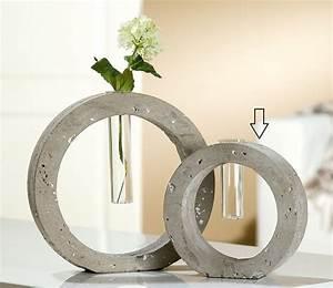 Vasen Aus Beton : 102 besten beton vasen wohnklamotte bilder auf pinterest vasen zement und beton deko ~ Sanjose-hotels-ca.com Haus und Dekorationen