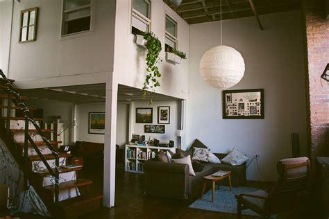 apartment greenpoint brooklyn   amanda