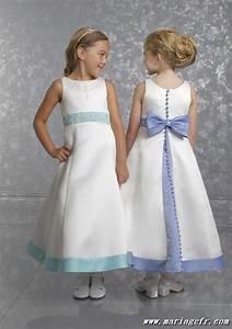 Robe de petite fille pour mariage for Robe de mariage pour petite fille