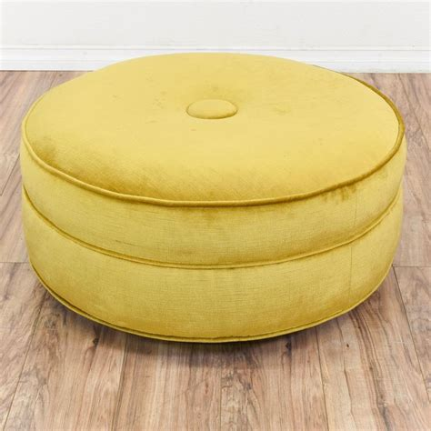 Large Yellow Ottoman - best 25 yellow ottoman ideas on living room