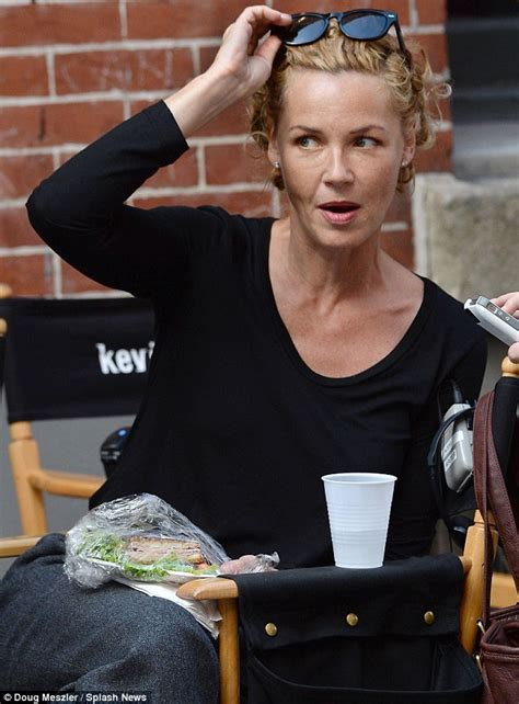 connie nielsen   red  blonde   ditches wig