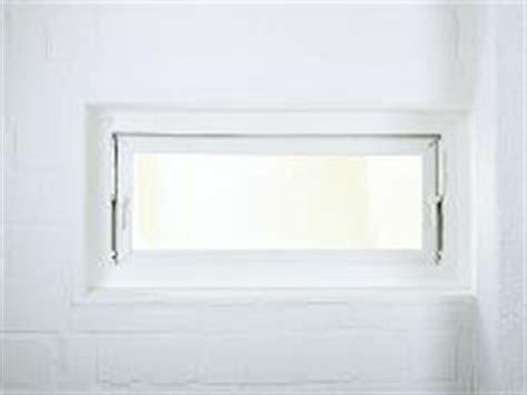 Kellerfenster Austauschen Sinnvoll by Kellerfenster Einfach Und Problemlos Austauschen Bauhaus