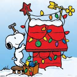 Country Christmas Cubicle Decorating Ideas by Snoopy Christmas Lights On Doghouse Thepeanuts Snoopy