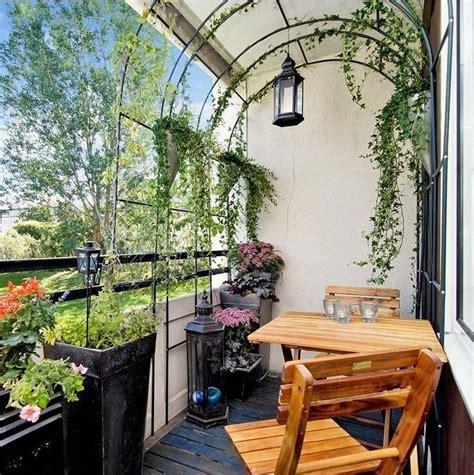 20+ Relaxing Covered Balcony Design Ideas To Try In
