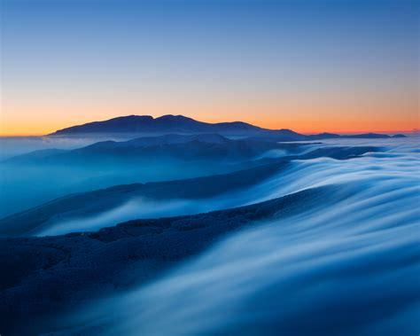 wallpaper sunset mountains foggy horizon twilight