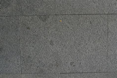 Flecken Auf Der Granit Terrasse Und Neue Gartenmöbel