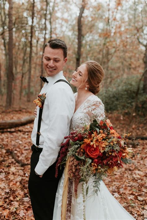 The Fall Color Palette Of This Frost Woods Park Wedding