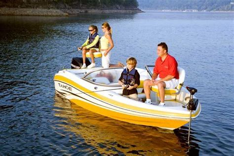 Tahoe Boats Fish And Ski by Research Tahoe Q4sf Skifish Fish And Ski Boat On Iboats