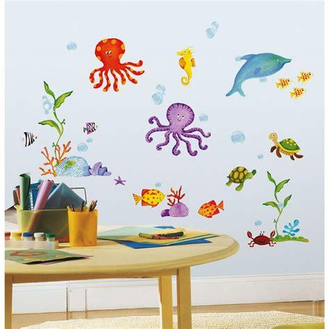 wandgestaltung kinderzimmer unterwasserwelt schablonen f 252 r die wand kinderzimmer