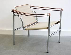 Lc1 Le Corbusier : lc1 le corbusier perriand jeanneret cassina suisse ~ Sanjose-hotels-ca.com Haus und Dekorationen