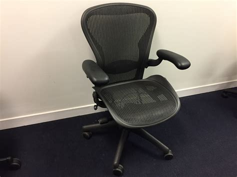 100 herman miller aeron office chair herman miller