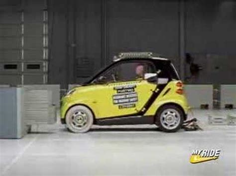 crash test siege auto 2013 crash test 2008 smart car fortwo