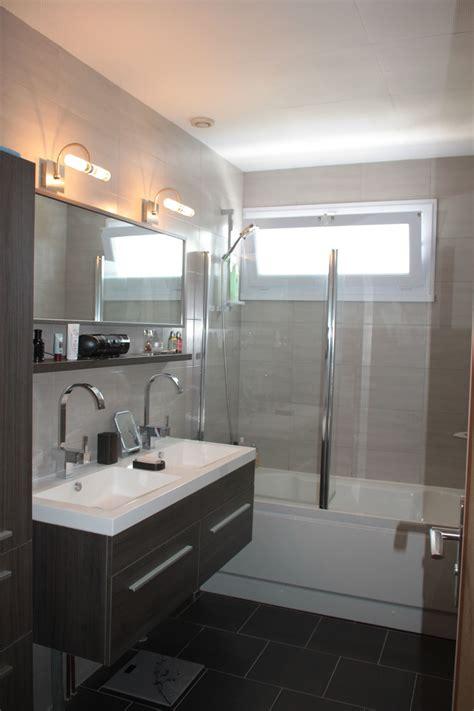 salle de bain gris clair apres travaux salle de bain photo de salle de bain gris clair vasque suspendu
