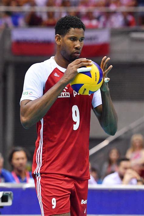 Wilfredo is one of the best cuban players. Wilfredo Leon na urlopie - Super Express