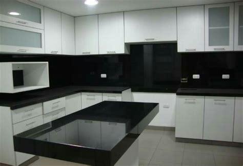 granito negro absoluto  cocina  metro lineal