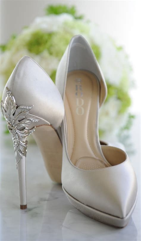beautiful wedding shoes youve   trend