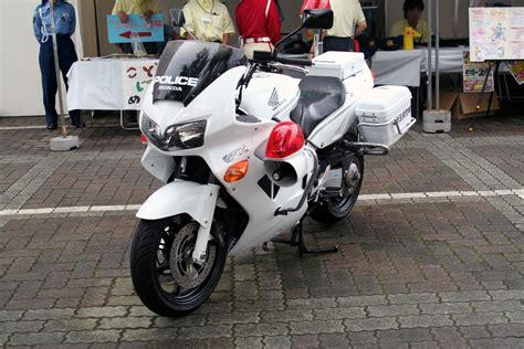 Japanese Honda Vfr800p Police Motorcycle.jpg