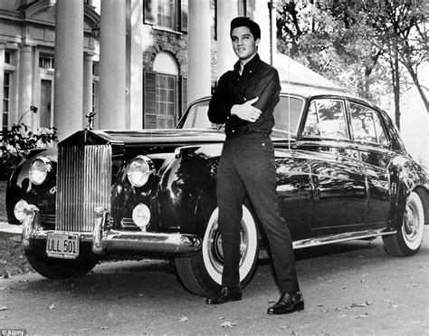 elvis s rolls royce phantom set to sell for 300 000 daily mail