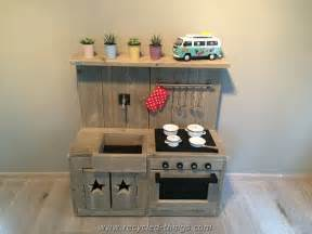 how to build a simple kitchen island diy projects with wooden pallets recycled things