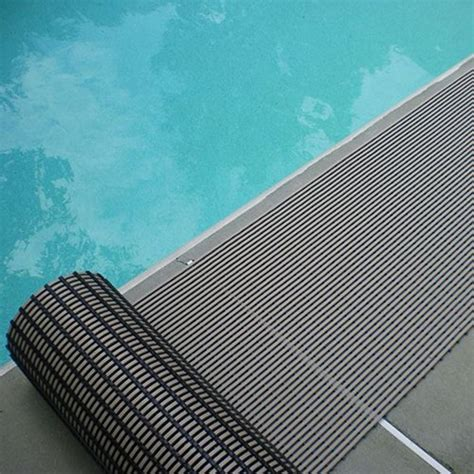 Top 10 Best Non slip Mats For Pool Decks   Best of 2018
