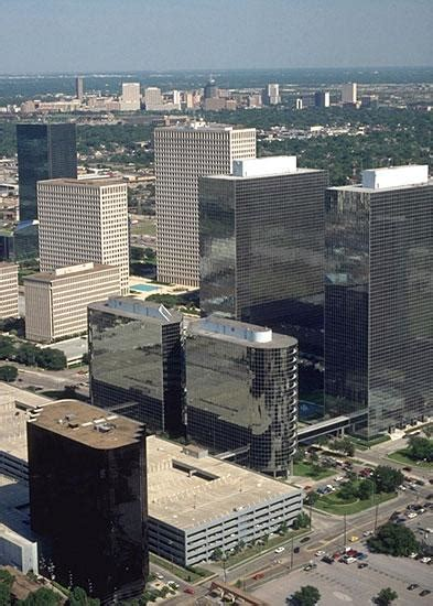 Cousins Properties closes Greenway Plaza sale in Houston ...