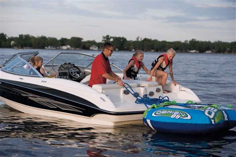 Family Boats by Ready To Buy A Boat Here Are A Few Tips Kingman