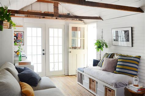 tiny house cleaning tips  small spaces expert home