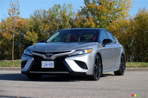 Review of the 2020 Toyota Camry   Car Reviews   Auto123