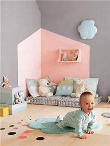 13 idees deco pour customiser la chambre de bebe blog With palettes de couleurs peinture murale 10 5 bibliothaques originales faire soi meme